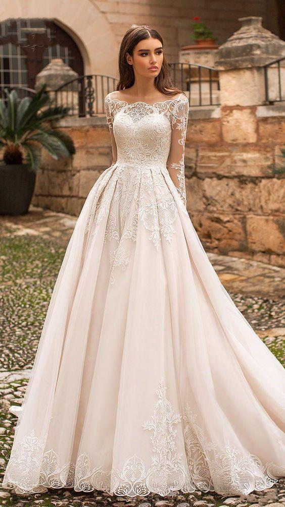 Weißes, langärmliges Brautkleid mit Applikationen, Rundhals-Spitzenärmel –