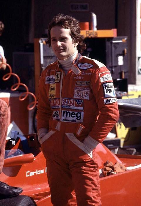 "( 2016 ) IN MEMORY OF ★ † GILLES VILLENEUVE "" Gilles, en 1978. "" ) ★ † Joseph Gilles Henri Villeneuve - Wednesday, January 18,1950 à l'hôpital de Saint-Jean-sur-Richelieu, Québec, Canada. Died; Saturday, May 08,1982. (aged of 32) Leuven, Belgium. Cause of death; Villeneuve died in a 140 mph (225 km/h) crash caused by a collision with the March of Jochen Mass during qualifying for the 1982 Belgian Grand Prix at Zolder. He died at 21:12 CEST (Central European Summer Time)."