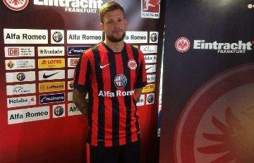 Eintracht Frankfurt 2014/15 Nike Home and Away Kits