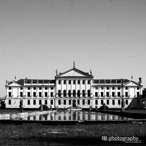 Villa Pisani - beautiful park and awesome maze ♡♡  #stra #rivieradelbrenta #venezia #venice #italy #incredible #loveit #romantic #unique #napoleon #maze   More: http://wp.me/p4z2Bw-pw