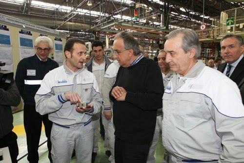 Sergio Marchionne allo stabilimento di Termoli per l'annuncio della produzione di motori per l'Alfa Romeo - FOTOGRAFIE