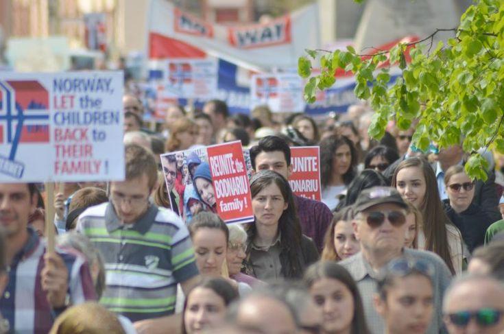 4000 de clujeni au protestat sâmbătă pentru familia Bodnariu