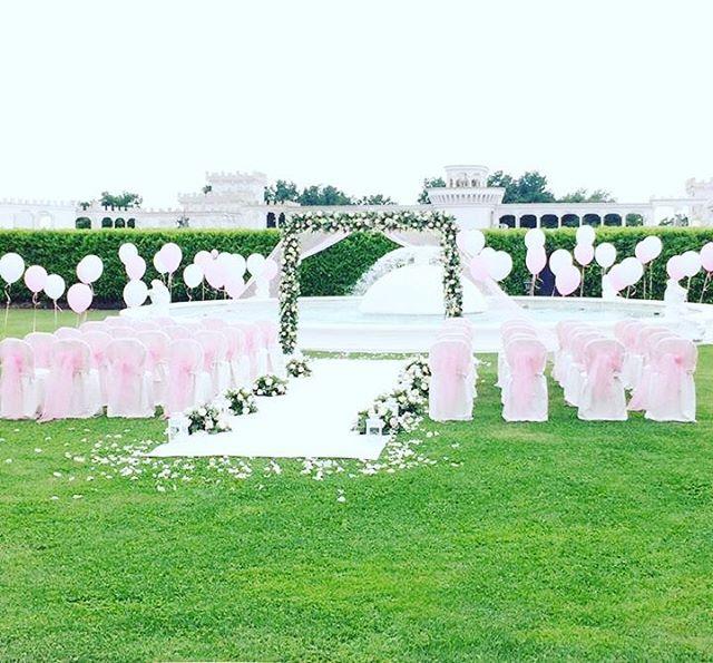 Sognare ad occhi aperti ❤️ #wedding #party #weddingparty #villalagodeicigni #celebration #bride #groom #bridesmaids #happy #happiness #unforgettable #love #forever #weddingdress #weddinggown #weddingcake #family #smiles #together #ceremony #romance #marriage #weddingday #flowers #celebrate #instawed #instawedding #party #congrats #congratulations http://gelinshop.com/ipost/1515130944742512063/?code=BUG05EVlFW_