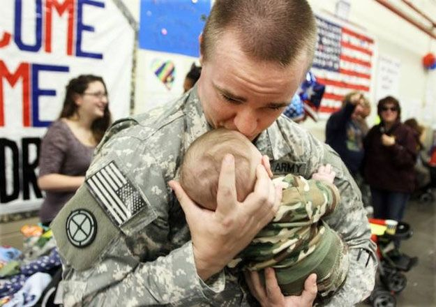 Touching Photos Of Soldiers Returning Home From War