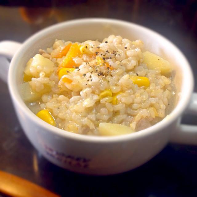 チーズいっぱい入れてリゾットに♪ - 8件のもぐもぐ - 野菜たっぷり玄米スープリゾット by sakitashireBD