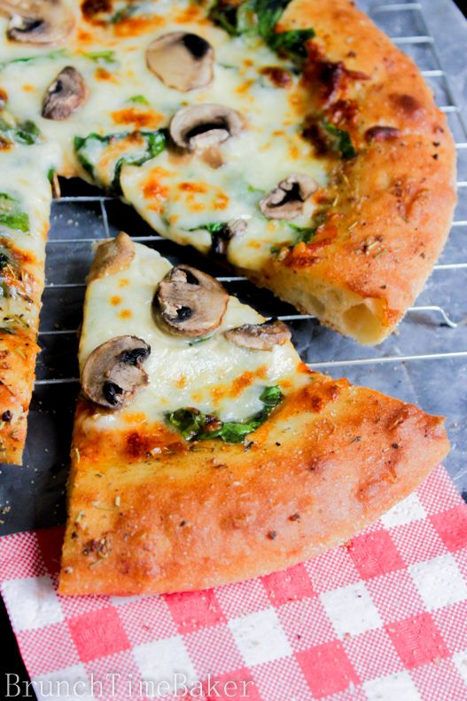 The Best Spinach Garlic Pizza You Will Ever Have | Brunch Time Baker