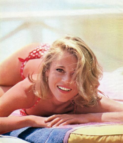 Jane Fonda In swimwear