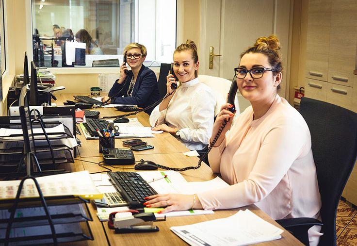 W naszej firmie pracują najpiękniejsze kobiety!  Sprawdź efekty naszej pracy tutaj = > http://www.mirjan24.pl/nowe-produkty  #kobiety #women #biuro #praca #mirjan24 #meble