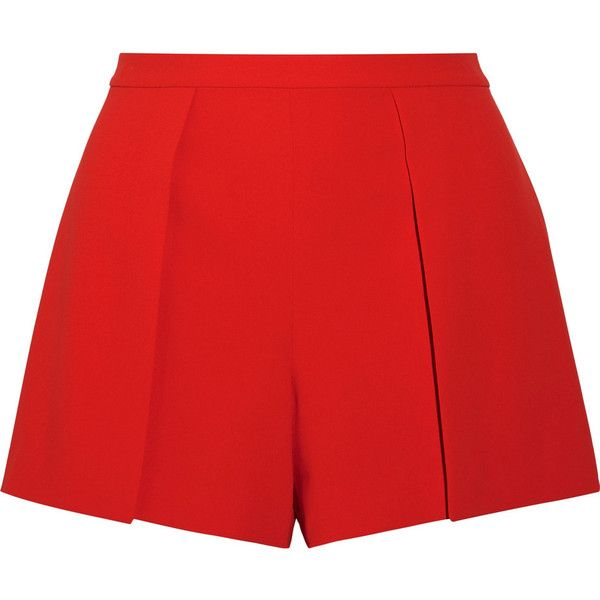 Alice + Olivia Larissa draped crepe shorts (4.540 ARS) ❤ liked on Polyvore featuring shorts, bottoms, short, pants, alice olivia shorts, loose fit shorts, pleated shorts, loose shorts and red shorts