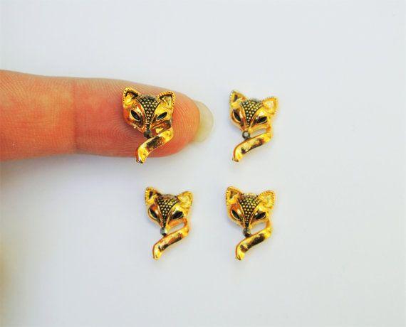 2 pcs of Gold Fox Nail Charm,Metallic Nail Art,3d Nails,Fox Nail Charm,Gold Nail Design,Nail Jewelry,Nail Bling,Nail Charm,Nail Decoration