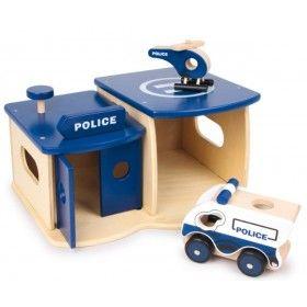 Policajná stanica s autom a helikoptérou
