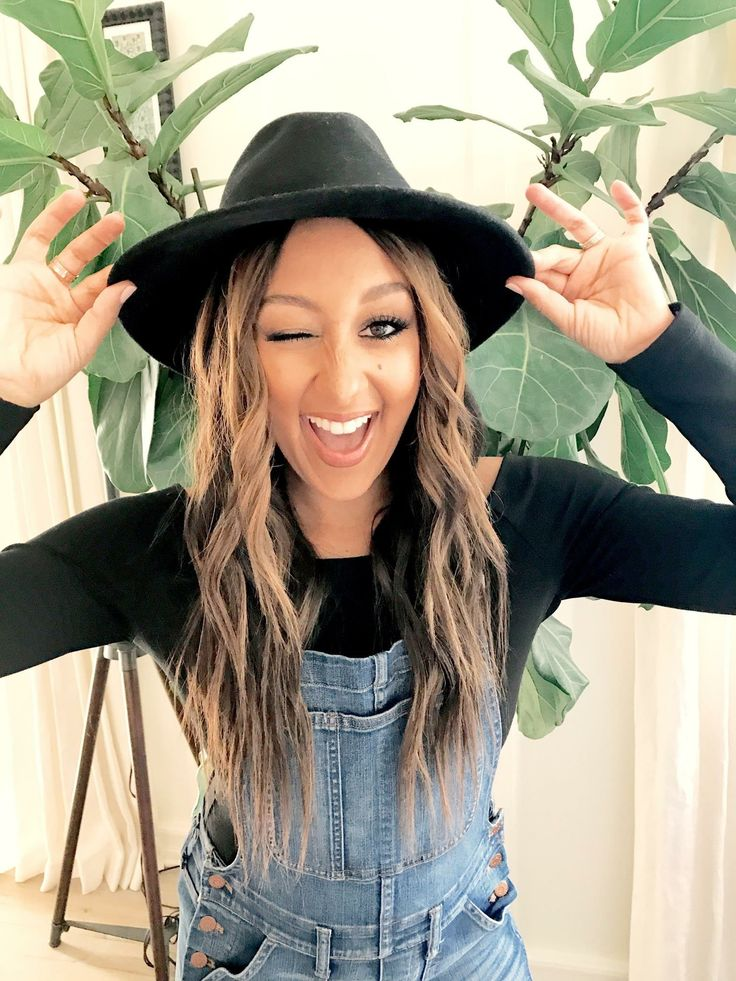 Tamera Mowry cute hair
