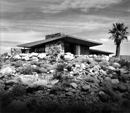 The edris house in little tuscany estates 1030 w cielo for The edris house palm springs