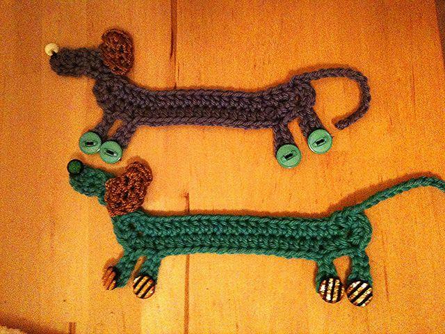 Free Crochet Dachshund Bookmark Pattern