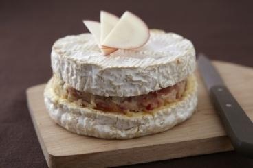 Recette de Camembert farci à la pomme et à la poire