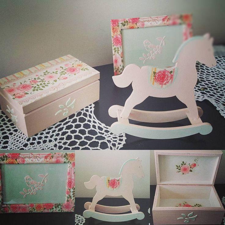 """Polubienia: 2, komentarze: 1 – Anna Sokola (@decor_manufacturing_) na Instagramie: """"#pinkpony 💕#🐎 #forgirls  #decoration #woodworking #handmade  #dekoracje #vintage Decor…"""""""