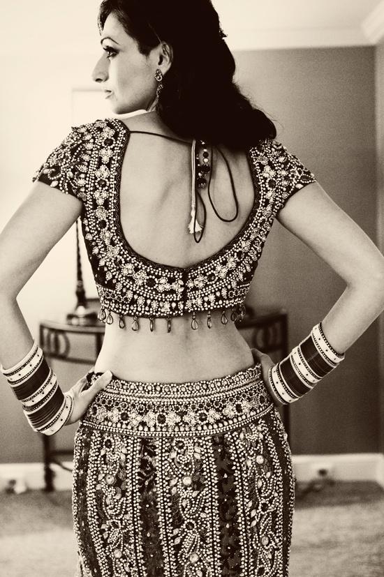 Hindu ceremony - Bride getting ready