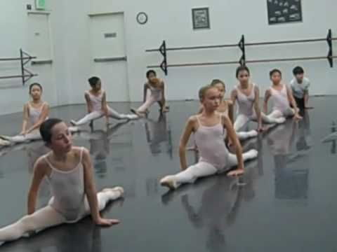 ▶ Ballet stretching - YouTube