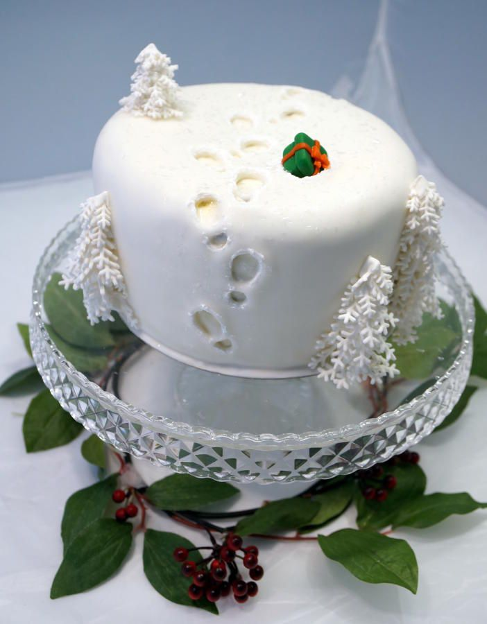 1000 ideas about christmas cake decorations on pinterest. Black Bedroom Furniture Sets. Home Design Ideas