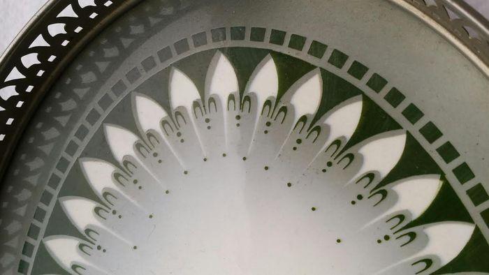 Online veilinghuis Catawiki: Dienblad met tegel van keramiek