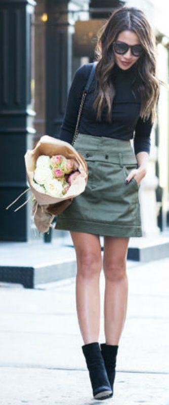 Wendy Nguyen + stunning us + cute khaki canvas skirt + Chelsea boots + skin-tight turtle neck + stripped back authenticity   Top: Vince, Skirt: Marissa Webb, Boots: Gianvito Rossi.