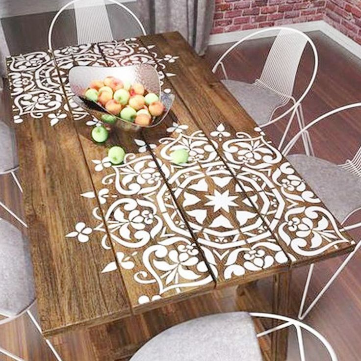 Mesa con mandala de #vinilo, para interior y exterior https://dolcevinilo.es/vinilo-mandala #vinilosdecorativos #decoracion #ideasdecoracion #vinilosalon #decoracionsalon #ideas #florvinilo #viniloflor #salon #dormitorio #inspiracion #recibidor #habitación #despacho #mandala #terraza #mesa #exterior #blanco #madera #zen #fengshui #industrial - #decoracion #homedecor #muebles