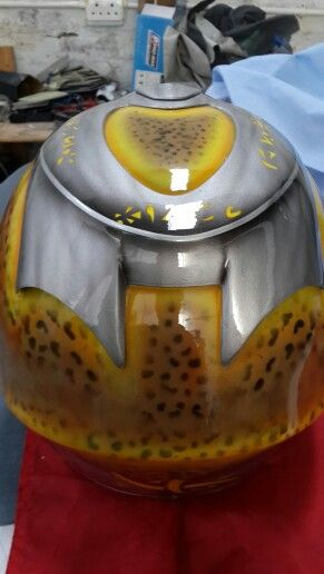 Preditor helmet     by KENT CUSTOMS