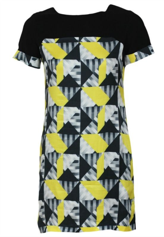 Beautiful asimetric dress with geometric print