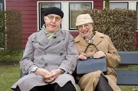 Meneer en mevrouw de Bok. Andre van Duin en Corry van Gorp. Het onafscheidelijke slapstick duo uit de 70ties en 80ties. Famous Dutch comedy pair, they produced good old fashioned silly comedy - oh we laughed so much!!