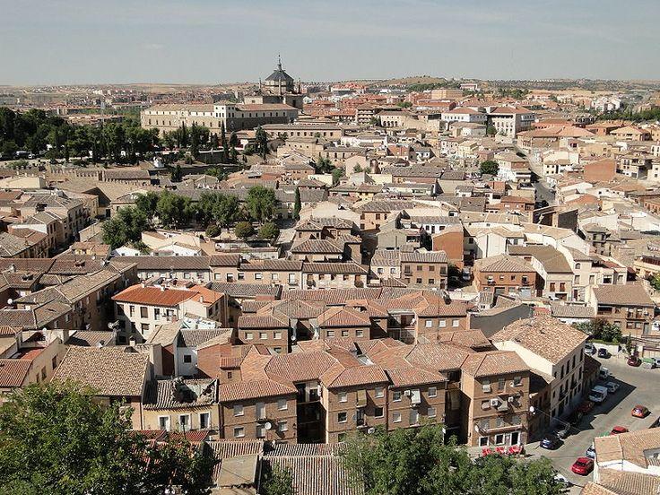 1541-1603.Гóспиталь Тавéра (el Hospital de Tavera),др.названия Госпиталь де Сан Хуан Баутиста,Госпиталь де Афуэра,Сан Хуан де Афуэра (Hospital de San Juan Bautista,Hospital de Afuera) изв.пример исп. Ренессанса,нах.в гор. Толедо.Построен в 1541- 1603гг. по прик.кардинала Таверы (ум.1545),одного из крупн.деятелей церкви, президента совета Кастилии и инквизитора. Госпиталь был посв.Иоанну Крестителю (Сан Хуан Баутиста)Barrio de Antequeruela, Toledo.