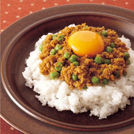 レタスクラブの簡単料理レシピ 濃厚なうまみのカレーが短時間で完成「キーマカレー」のレシピです。