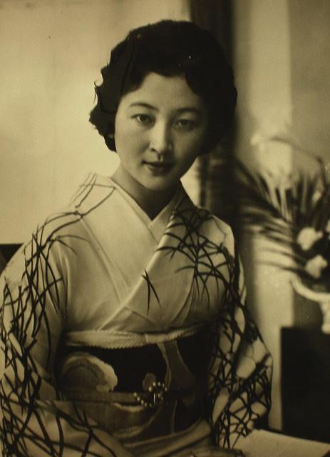 Empress Michiko of Japan 美智子皇后陛下 as 皇太子継宮明仁親王妃美智子(つぐのみやあきひとしんのうひみちこ)殿下時代