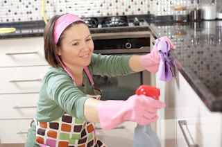 To save your time and efforts in cleaning kitchen process, you should regularly clean kitchen in weekly kitchen cleaning sessions.