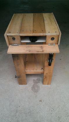 Pallet End Table/Secret Storage #woodworking #furniture #hidden