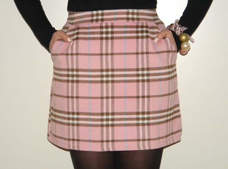 Petite skirt by new look petite. Wool-mix fabric. Mid-rise waist. Tartan print. Zip back fastening. Regular fit - true to size. Dry clean. 39% Price: $
