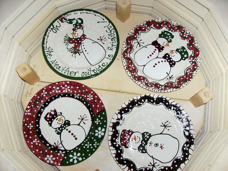 snowman dinner plates · Painted PlatesPainted PotteryCeramic PlatesChristmas ... & 394 best Christmas Hanukkah New Year\u0027s Pottery And Designs images ...