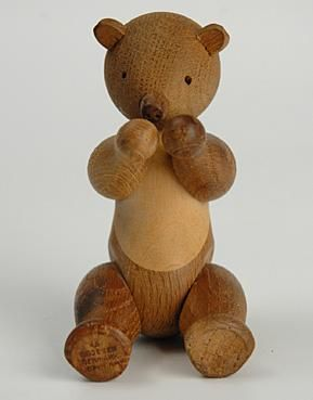 A vintage wooden bear toy by Danish artist Kay Bojesen, c. 1930s-1950s.