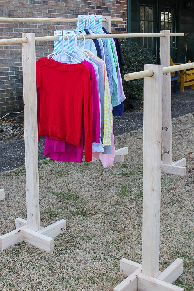 DIY Clothes Rack for Garage Sales and Yard Sales   For the