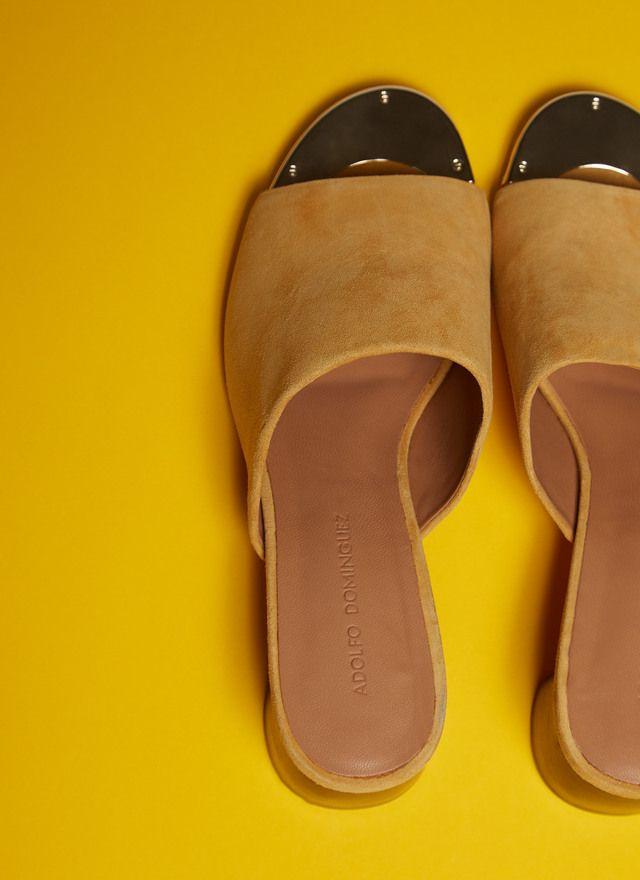 Zueco de ante con tacón medio - Para ella | Adolfo Dominguez shop online