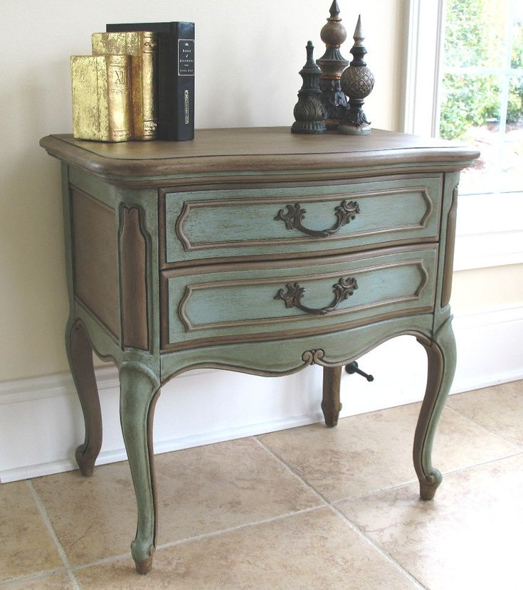 Exceptional French Provincial Hand Painted U0026 Waxed Lane Furniture Side Table Or  Nightstand   Annie Sloan.