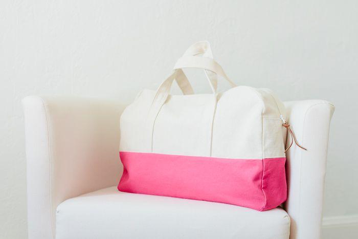 {lbg studio}: travel handmade: duffle bag pattern review + a giveaway!