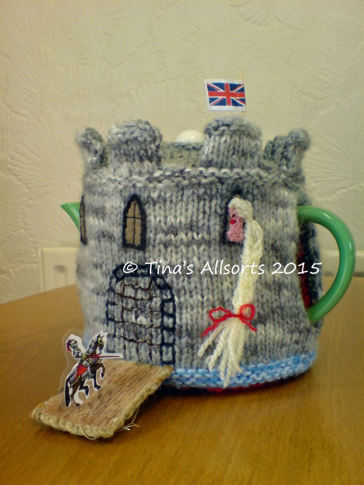 Back in 2010 I made a fancy tea cosie to be auctioned for a fundraiser at Winchester Cathedral where I work. It was quite a job designing an...