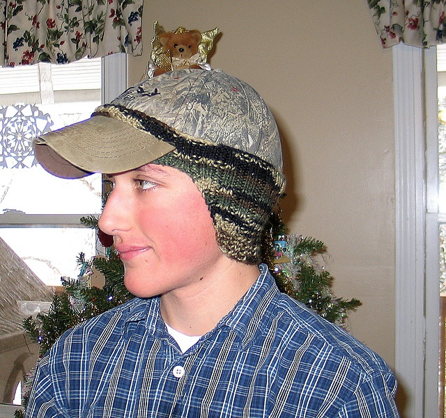 Free Knitting Pattern Ear Warmer Hat : 2273 best Knitting patterns and goodies images on Pinterest