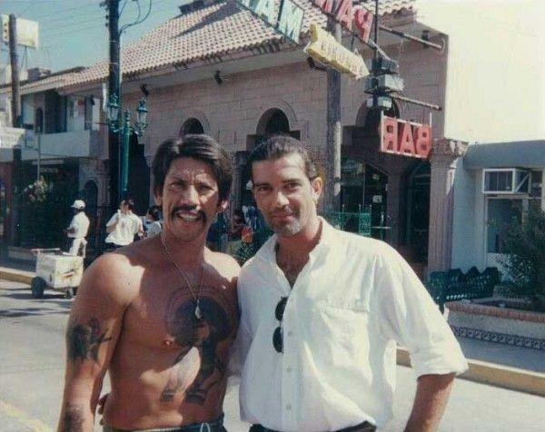 Danny Trejo And Antonio Banderas On The Set Of Desperado Danny Trejo Desperado 1995 Family Album