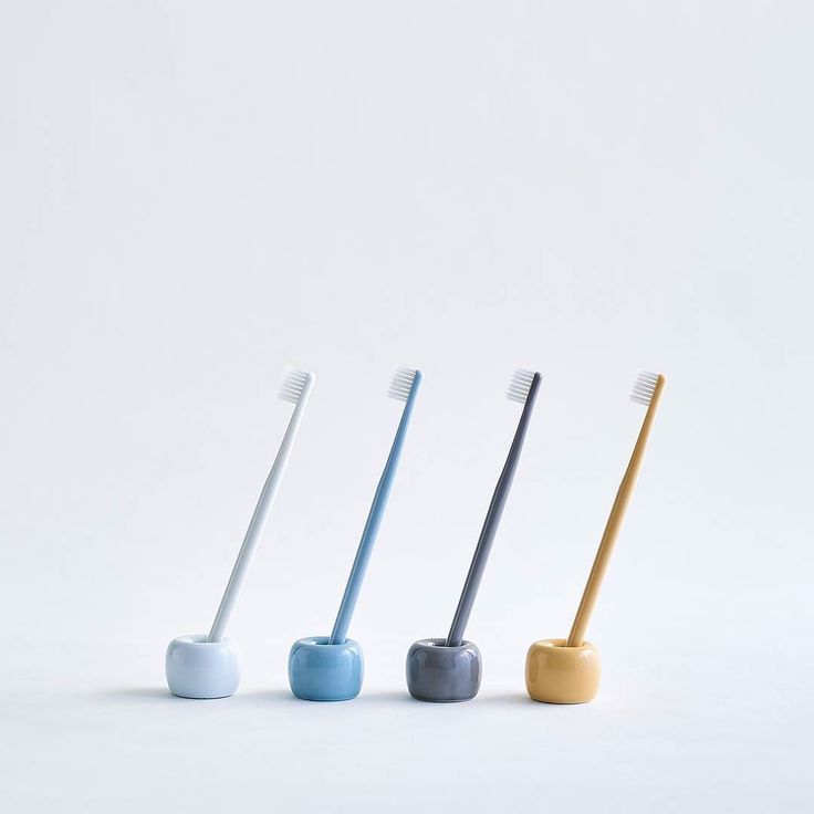 Many People In The House Color Code Your Toothbrushes Muji
