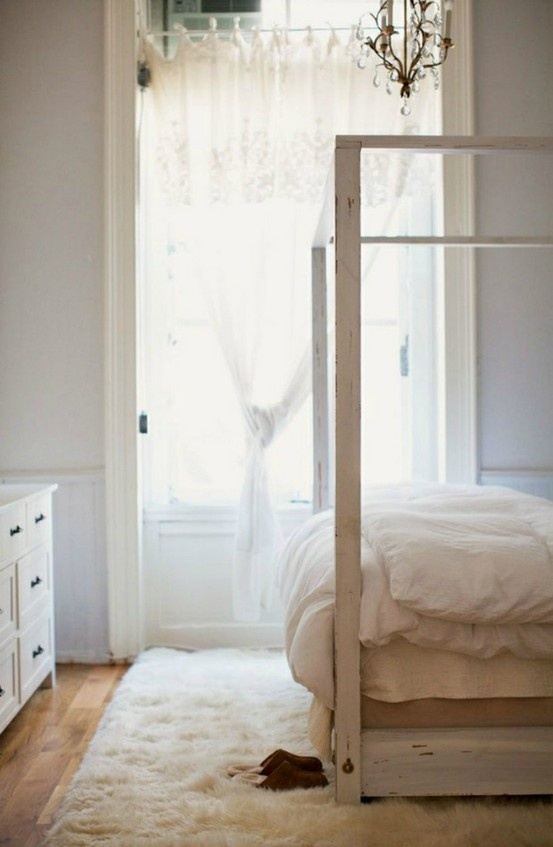 17 best ideas about white faux fur rug on pinterest for White fur bedroom