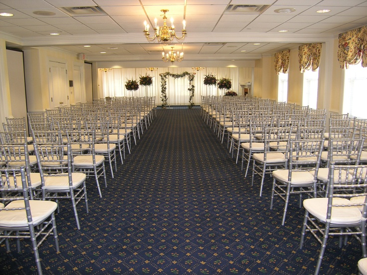A Wedding Set In The Suites At Community House Birmingham Mi