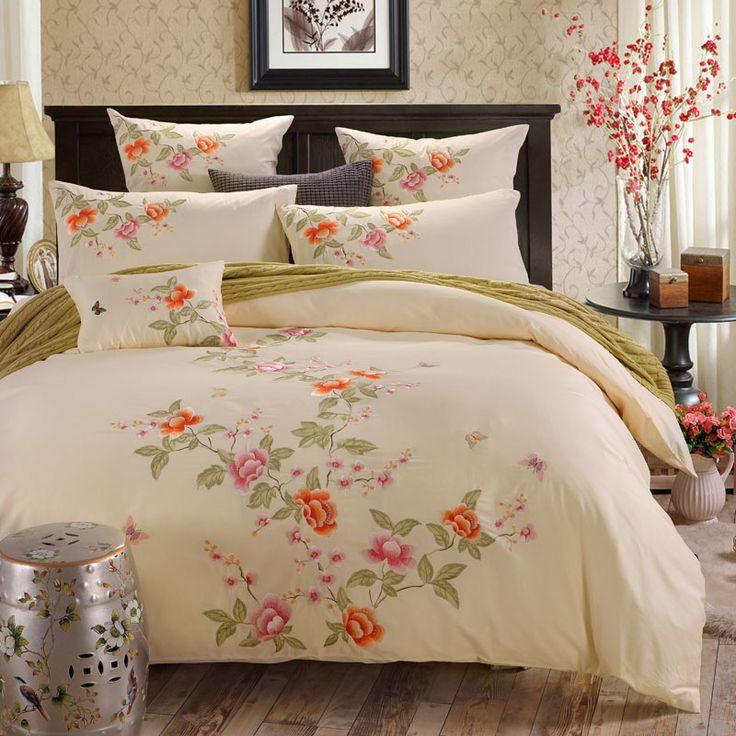 Best 20+ Luxury bedding sets ideas on Pinterest   Luxury ...
