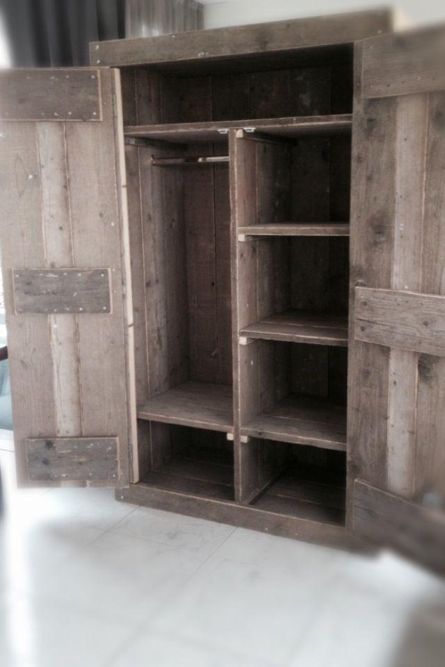 1000 idee n over houten kratten op pinterest kratten kratten en oude houten kratten - Badkamermeubels oude stijl ...