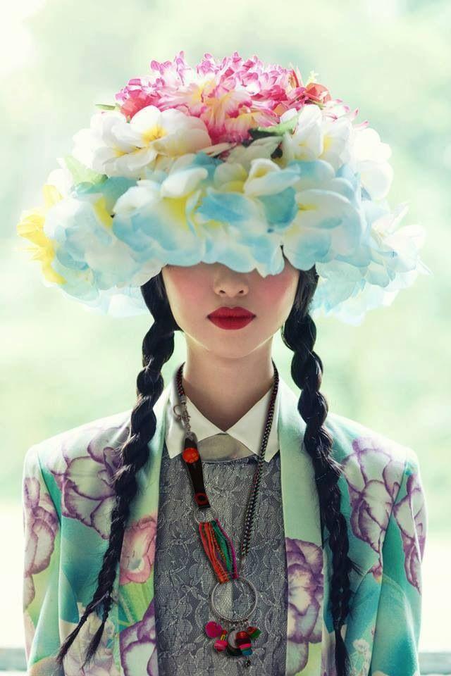 By PITI bijoux de créateur, boho, fleur, colors à retrouver chez La Voisine du dessous !